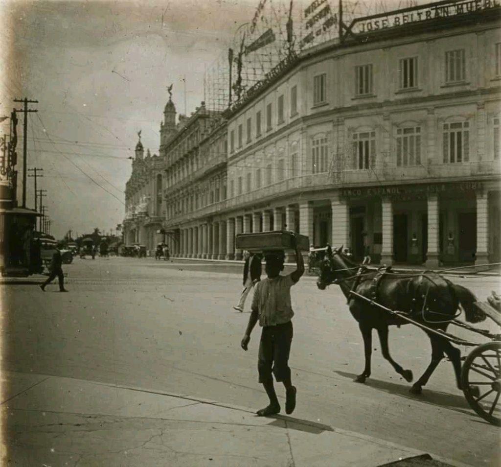 Hotel Telegrafo en 1921