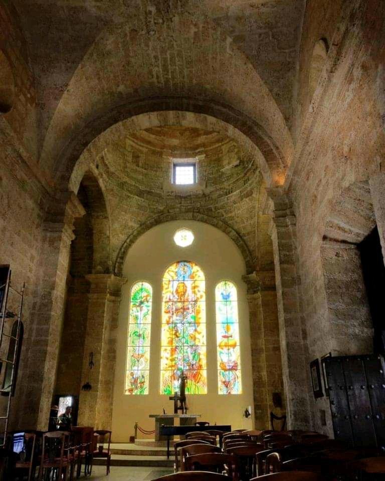Interior iglesia paula