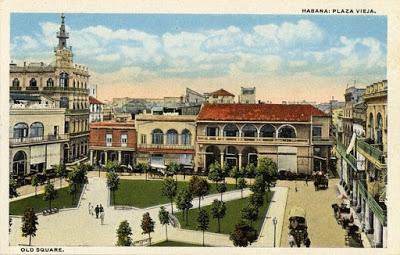 Plaza vieja postal antigua