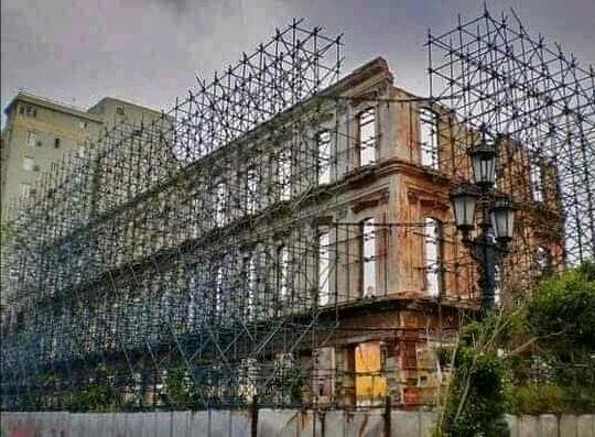 ruinas del hotel Packard