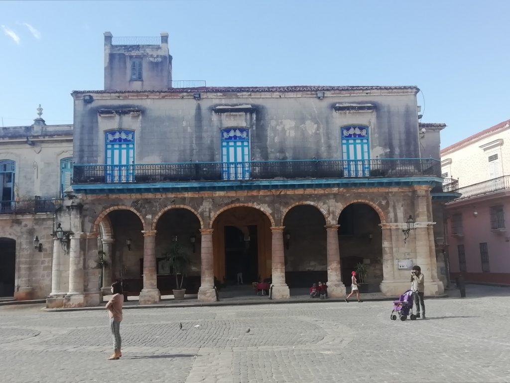 Casa de los Marqueses de Aguas Claras Plaza de la Catedral