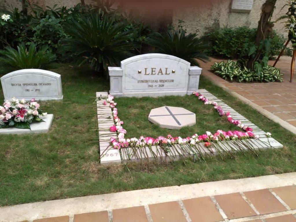 Eusebio Leal.tumba .