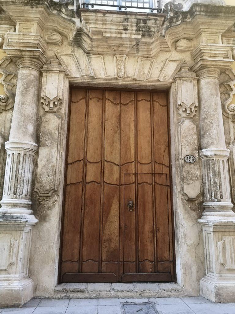 Casa de la Obrapía-Pórtico de entrada