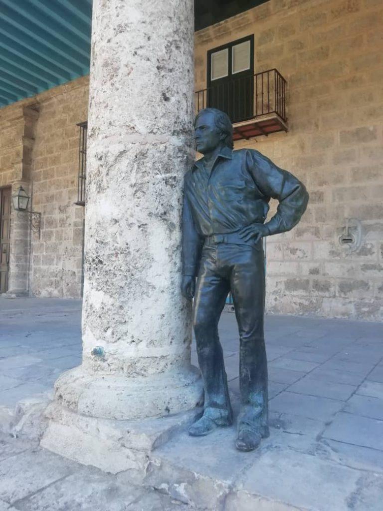 Antonio Gades estatua