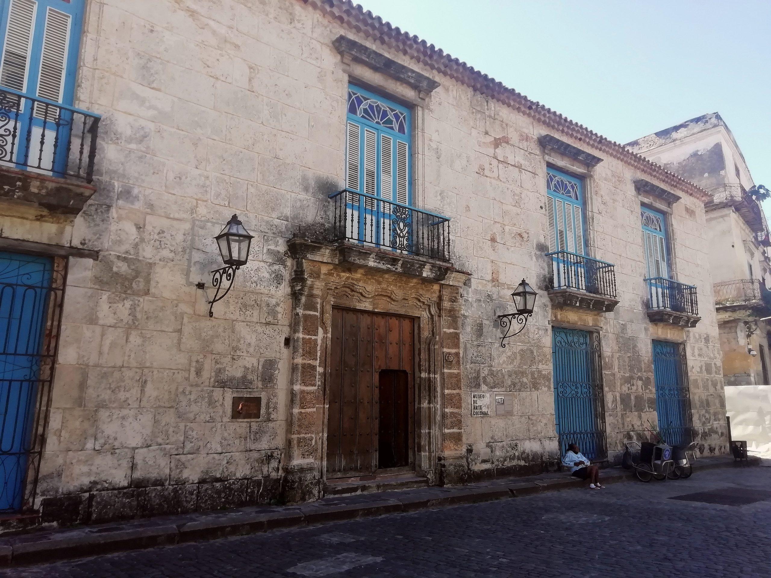 Museo de Arte Colonial Casa de Don Luis Chacon scaled