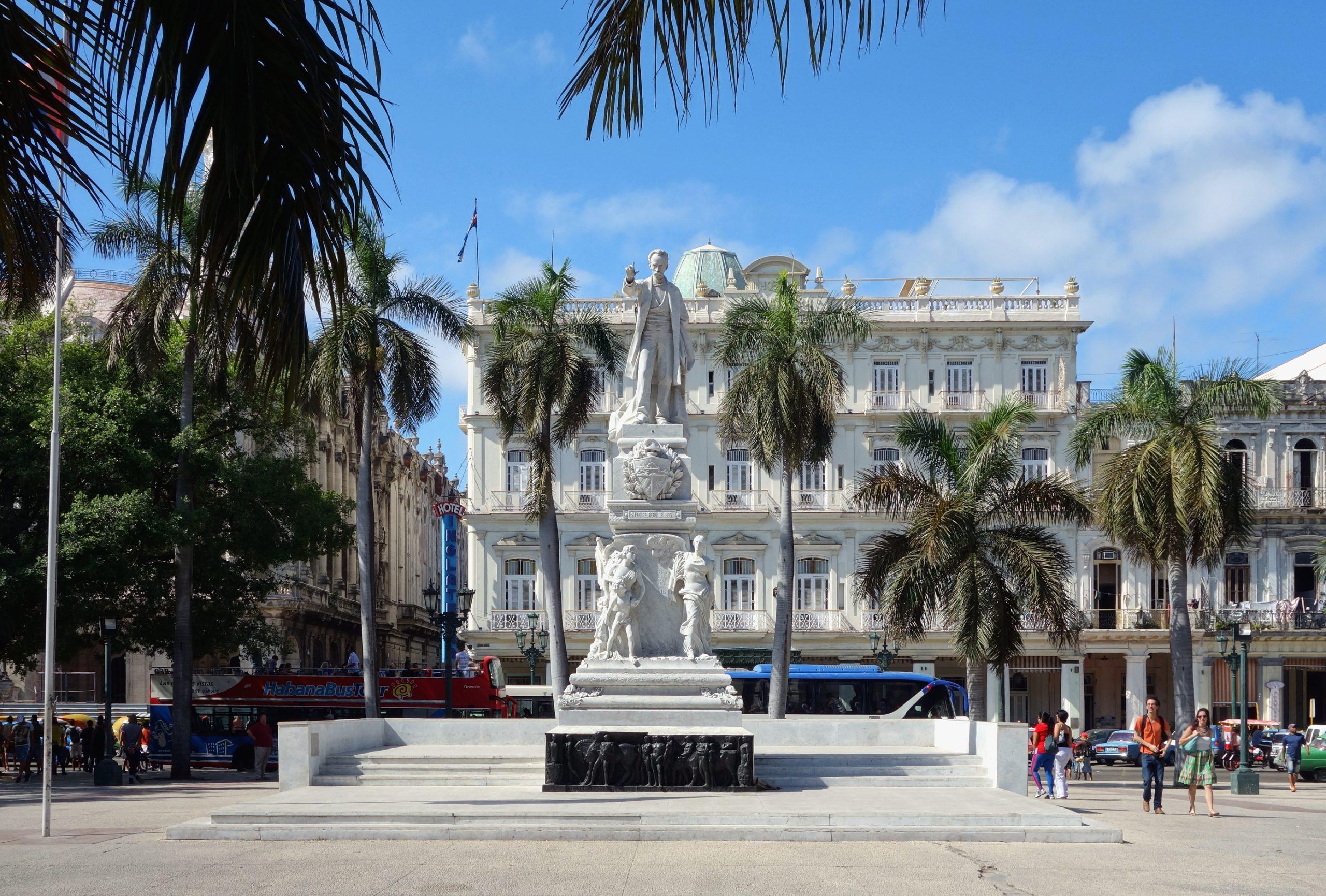 Parque Central de La Habana Monumento a Marti scaled