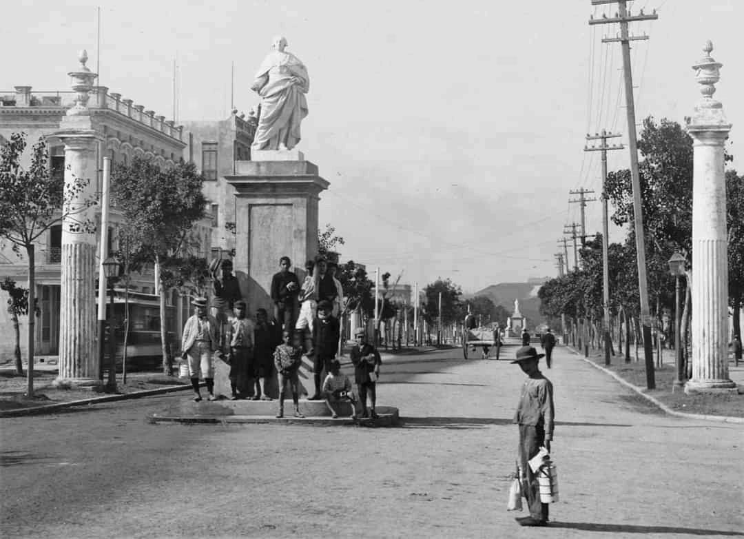 Paseo de Carlos III Fuentes