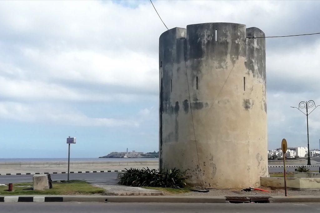 Torreón de San Lázaro visto desde Marina