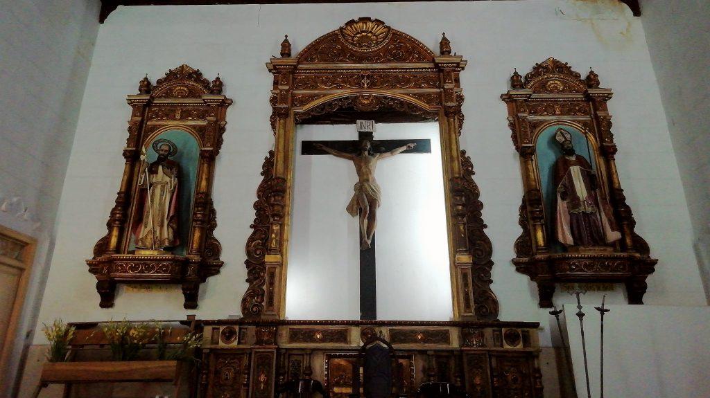 Altar principal de la Iglesia de San Judas Tadeo y San Nicolás de Bari