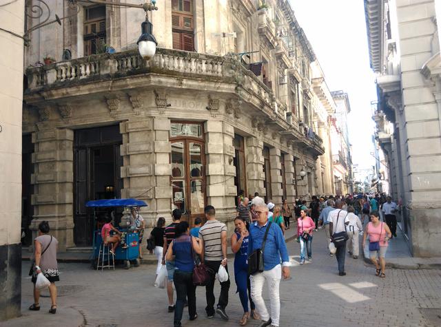 Café Europa en la calle Obispo