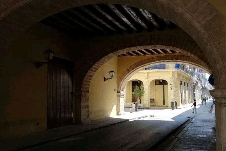 Calle Acosta Habana Arco de Belen