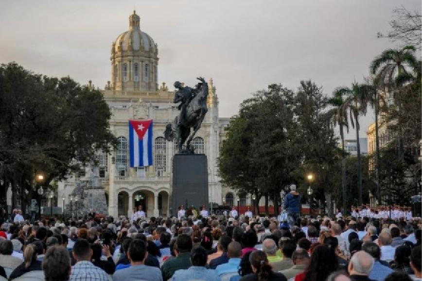 Monumento a José Martí en la Avenida de las Misiones