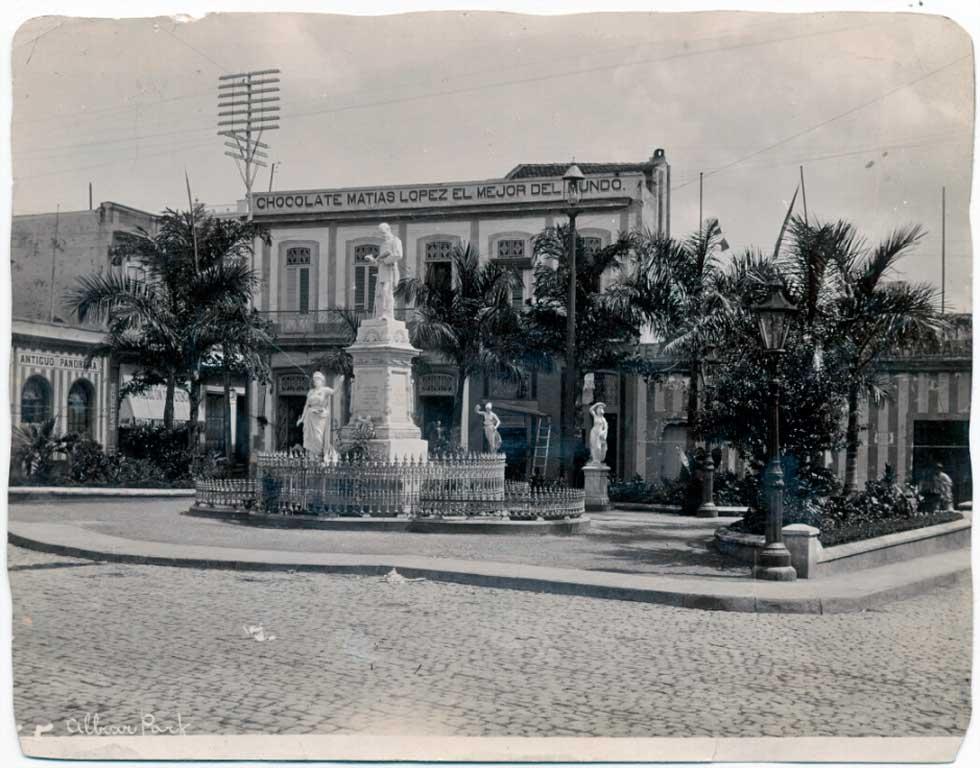 Plaza Albear anos 20