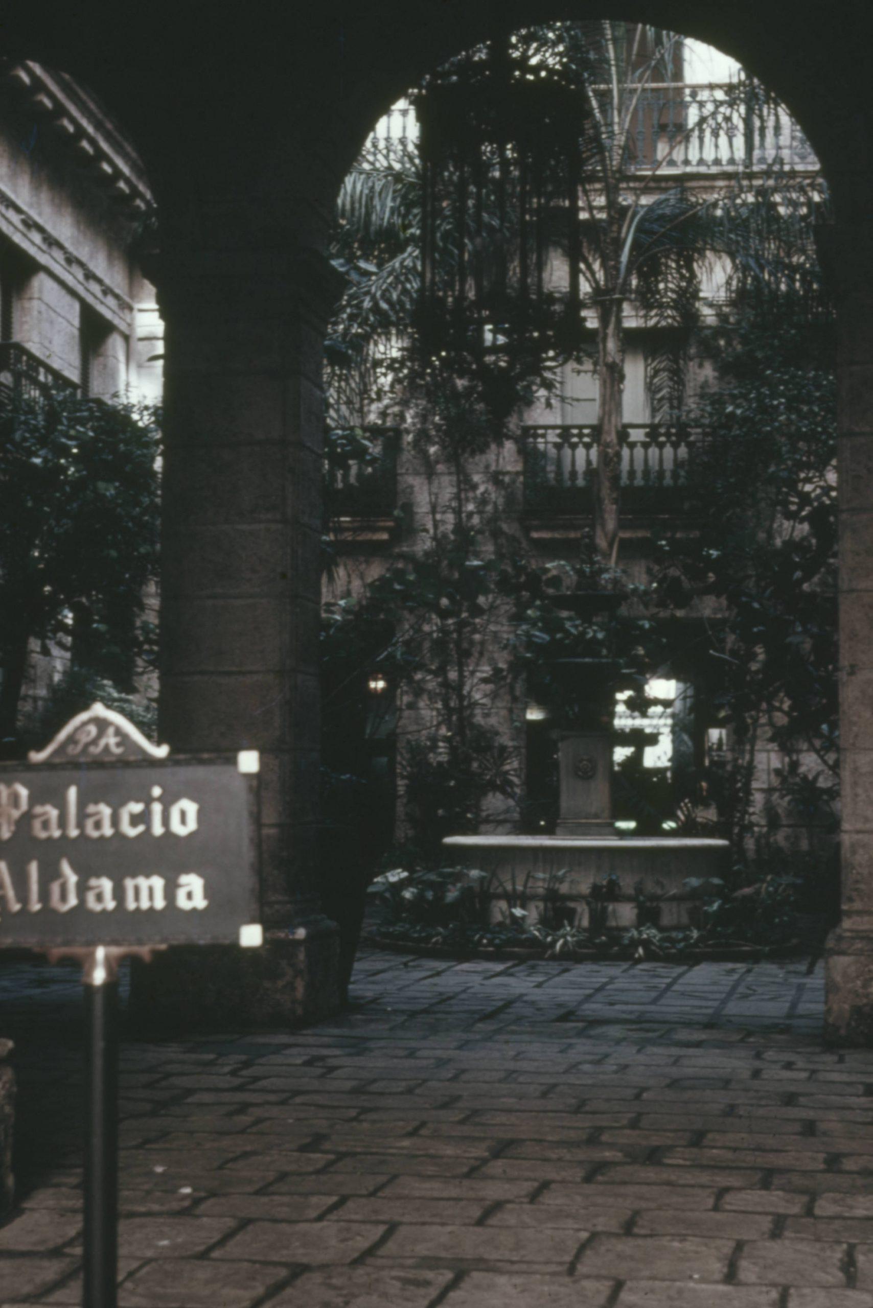 Palacio Aldama interior