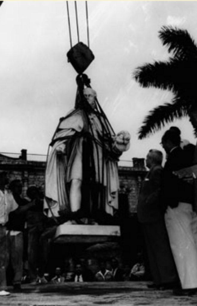 Estatua de Fernando VII