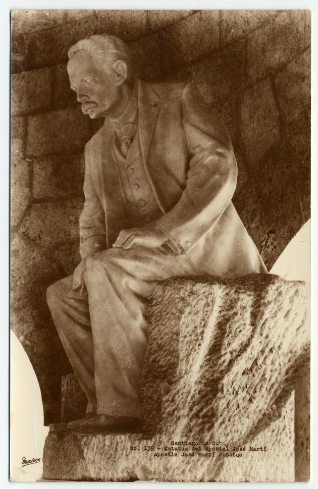 marti estatua santiago mausoleo