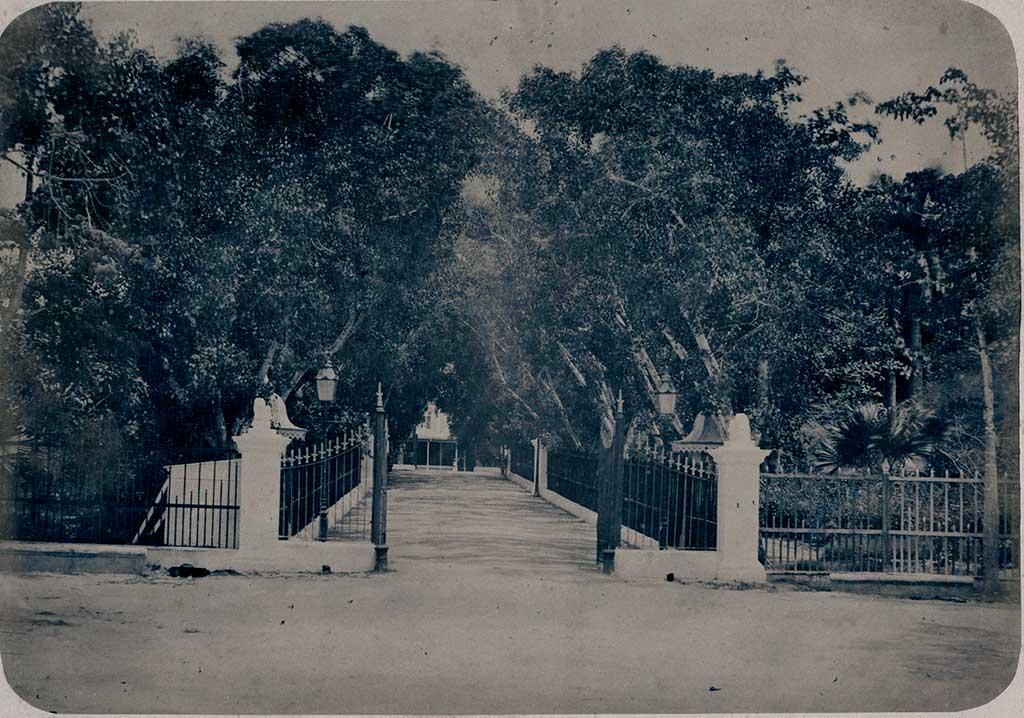 Quinta de Molinos, Habana. Entrada.1860