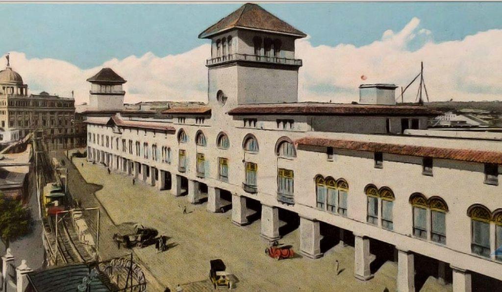 Aduana de La Habana en una tarjeta postal de la República de Cuba
