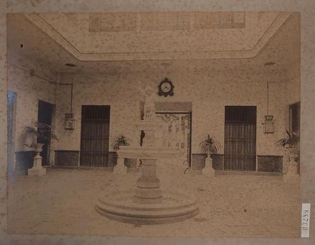 Fuente en el Palacio de Balboa