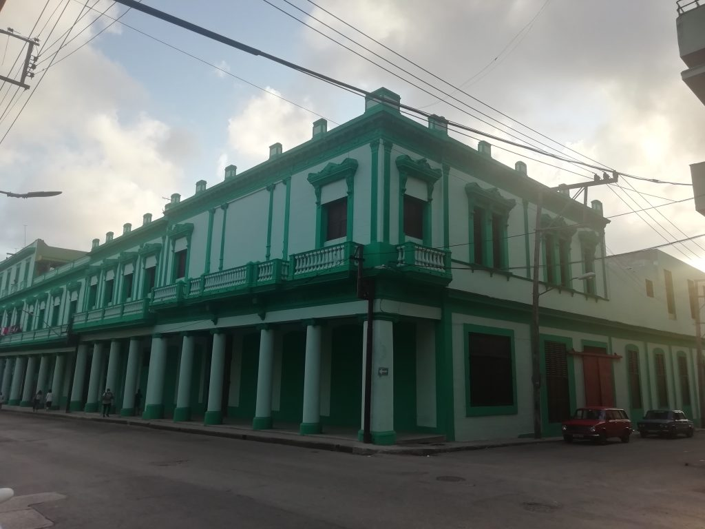 Edificio de La Competidora Gaditana en Belascoaín No. 808