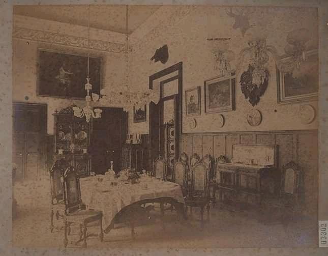 Salon Comedor en el Palacio de Balboa