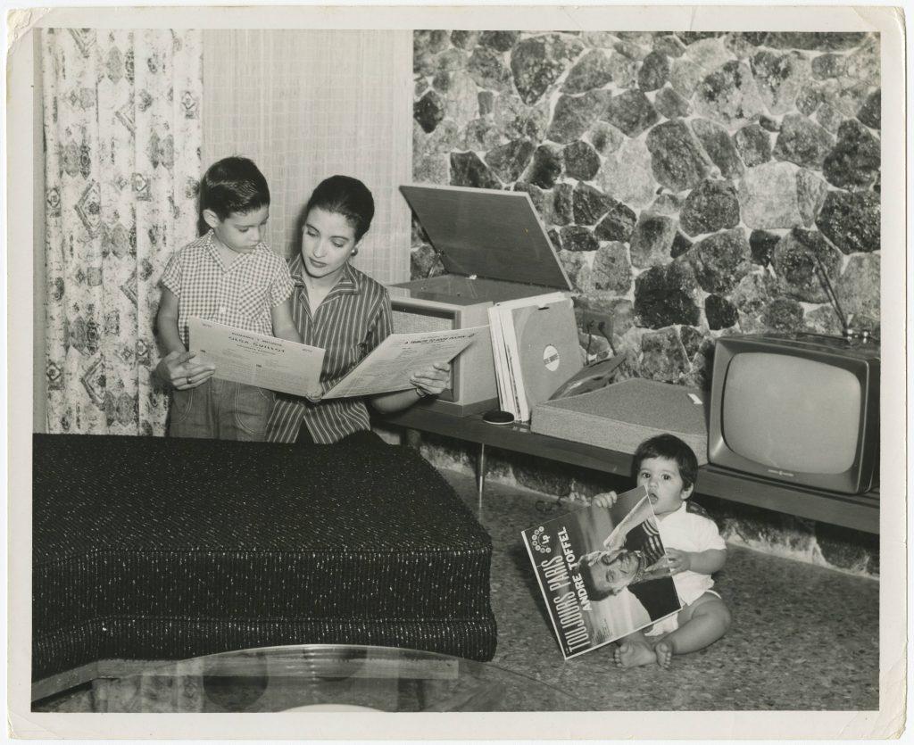 Consuelito Vidal e hijos