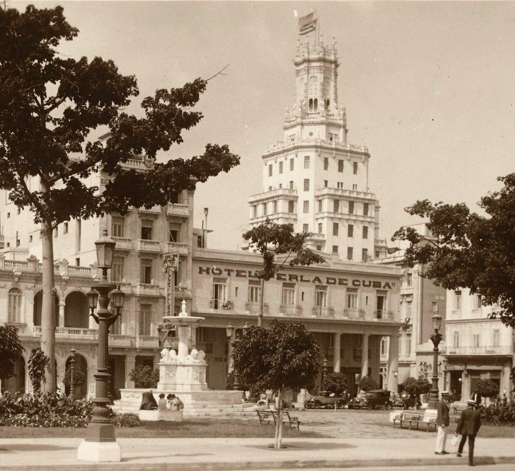 en el parque de la fraternidad 1930