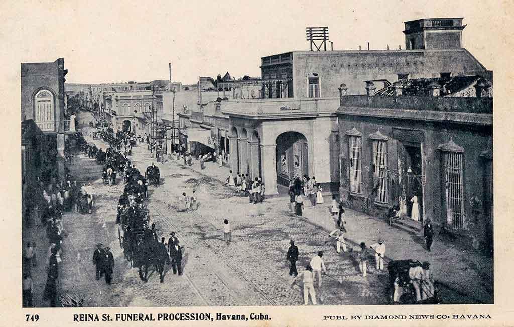 funeral en la calle reina
