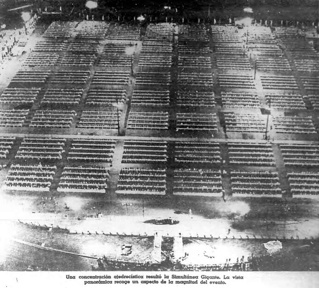 6800 tableros en la plaza de la revolucion1