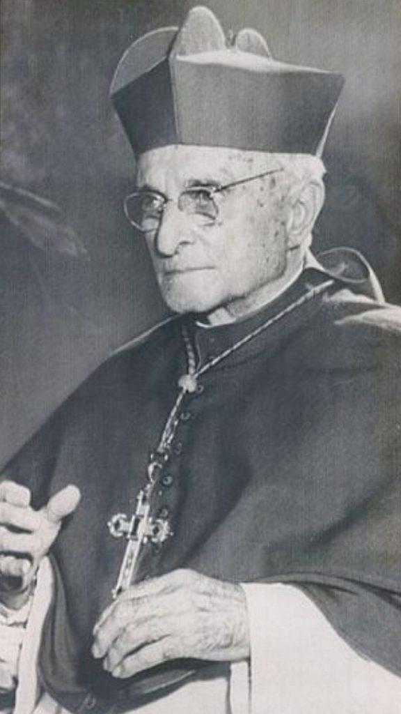 Monseñor Manuel Arteaga en 1958