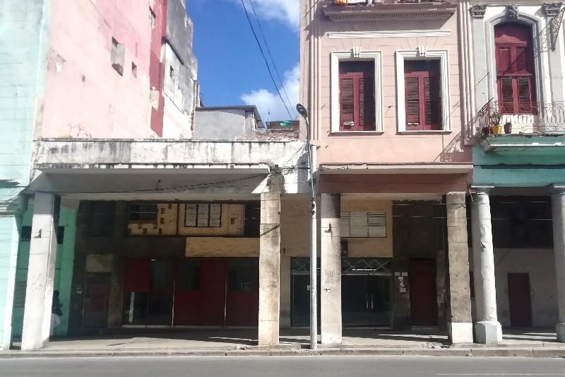 Casa Edison Calle Reina Habana
