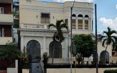Hermoso Vedado… Villa María Teresa (23, No. 553)