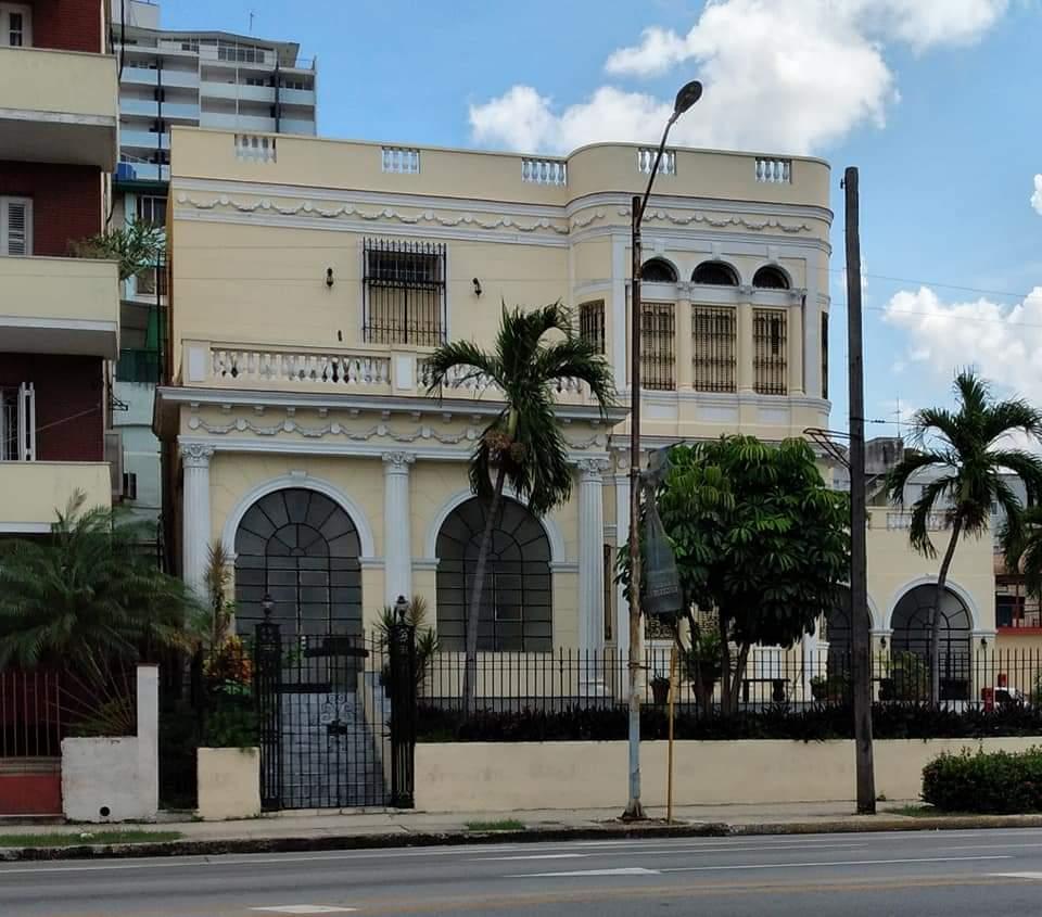 Villa Maria Teresa Calle 23 Vedado