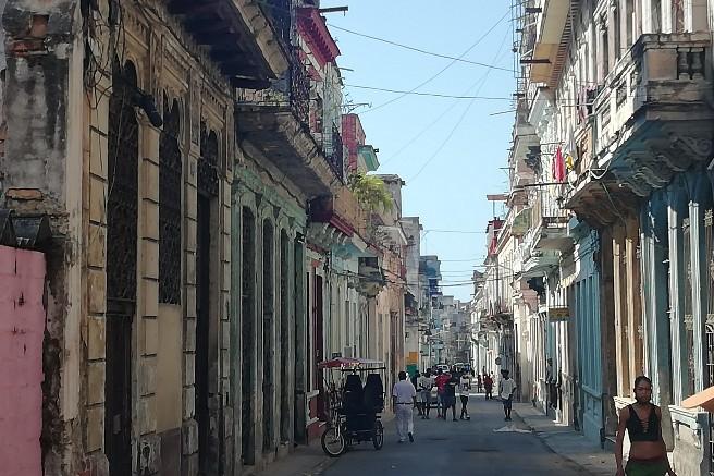 Calle Gervasio Centro Habana