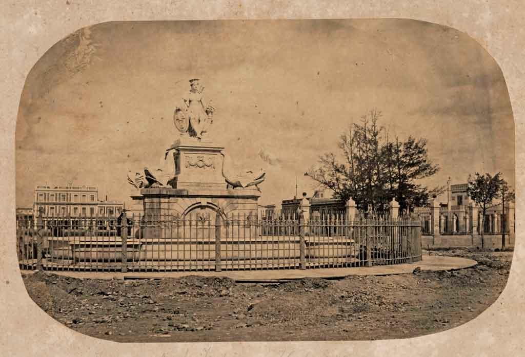 Fuente de la India en una imagen fechada entre 1857 y 1870