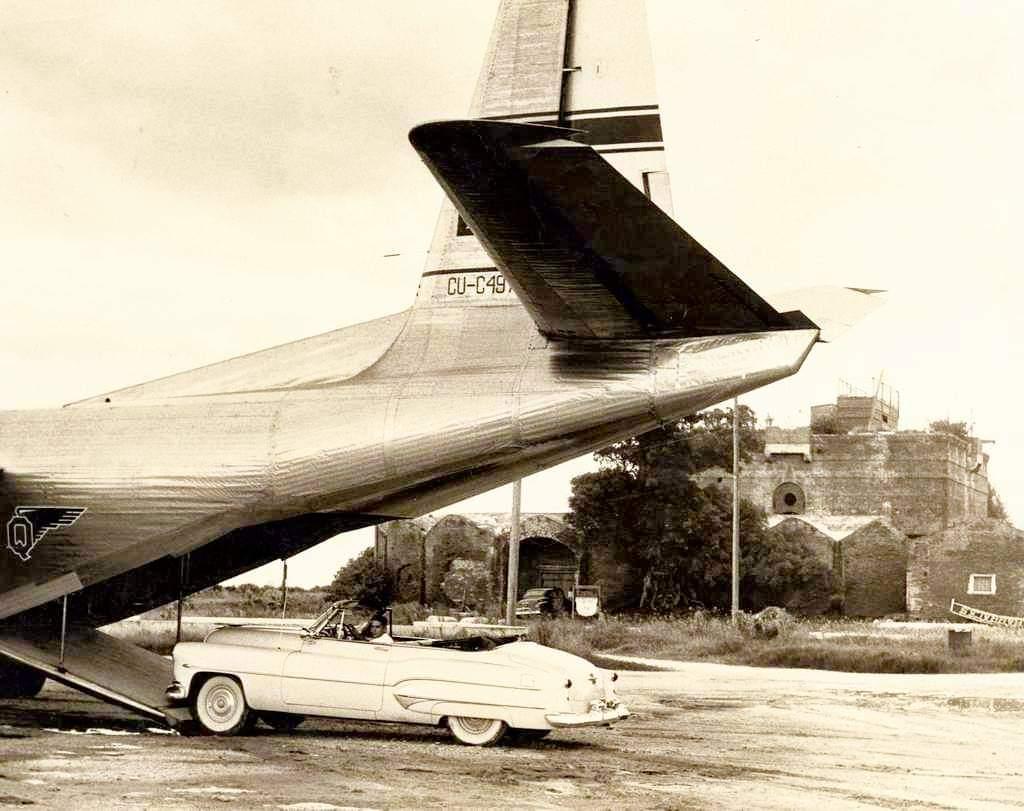 Un avión de carga de Aerovías Q