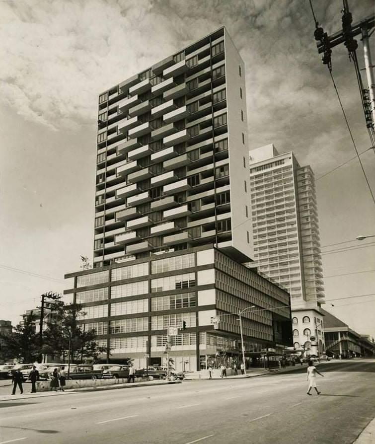 Edificio del Seguro Médico en el Vedado, La Habana