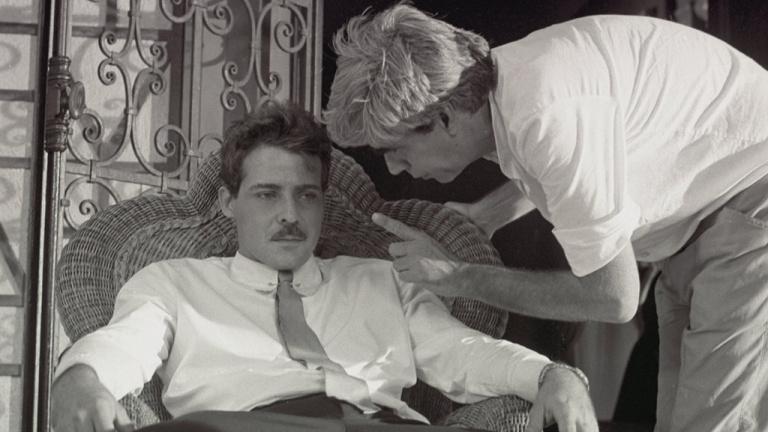 """El director cubano Humberto Solás con César Évora durante el rodaje de """"Un hombre de éxito"""""""
