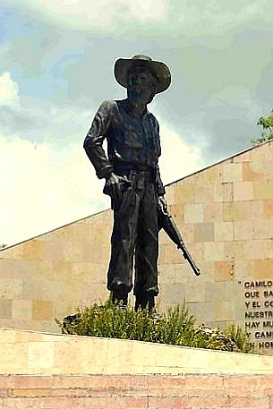 Monumento a Camilo Cienfuegos en Yaguajay - Thelvia Marín