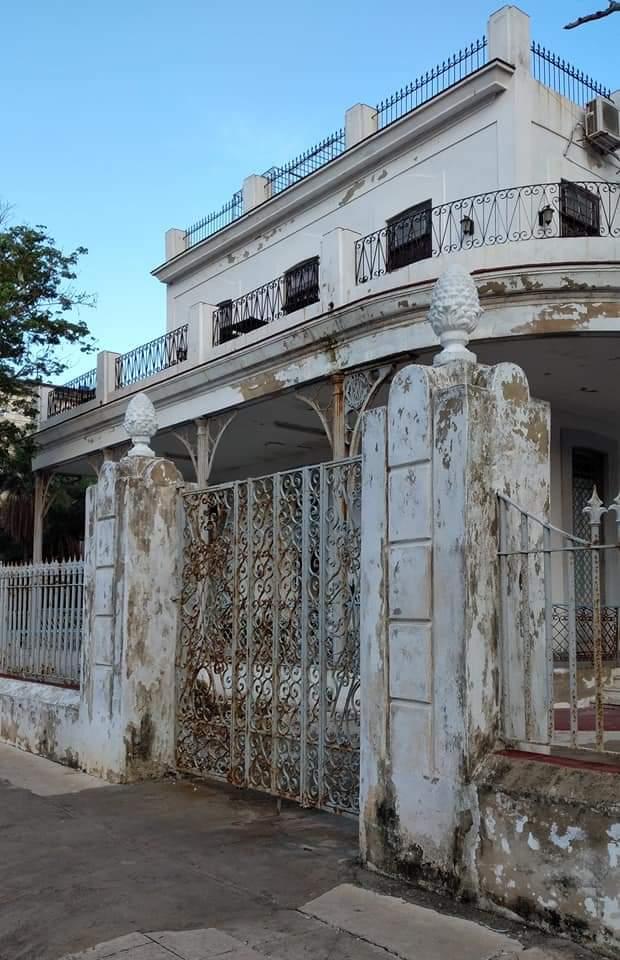 Casa de Jose Maria Galan Vedado Cochera