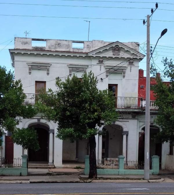 Antigua casa de Manuel Rivero Gándara en el Vedado de La Habana