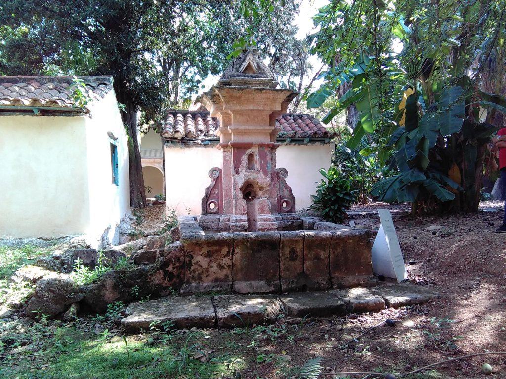 fuente la samaritana del convento de santa clara, la más antigua de la ciudad