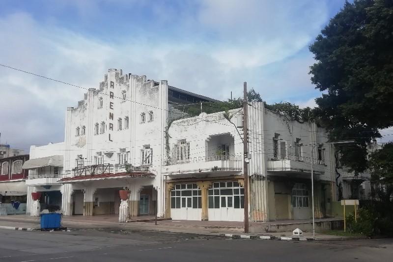 Cine Arenal Calle 41 Playa