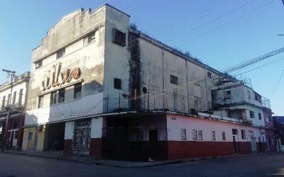 Cine Atlas el coloso de la Calzada de Luyanó (Cines de La Habana)