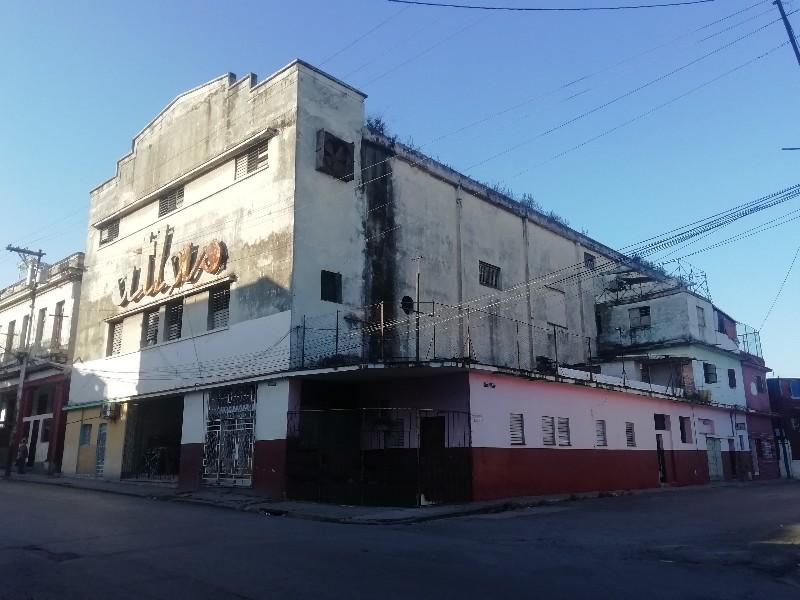 Cine Atlas Calzada de Luyano Habana