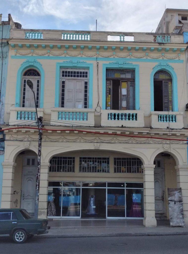 Fábrica - Peletería Amadeo, La Habana