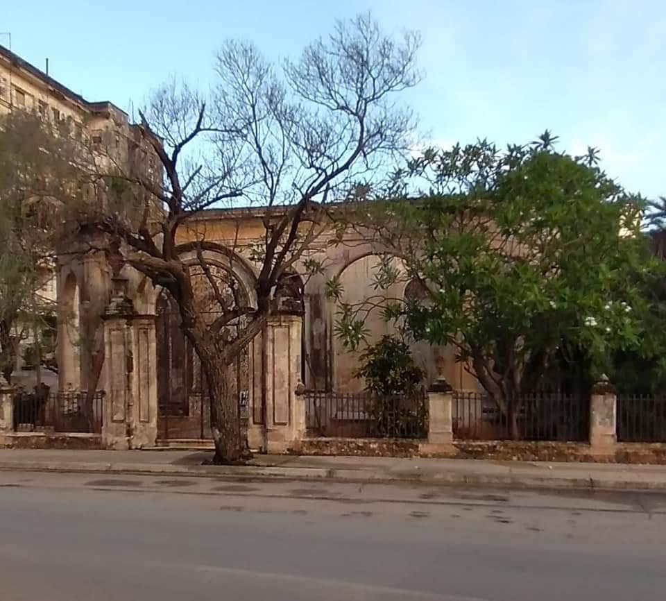 Antigua residencia de Francisco López García en la calle Línea No. 506