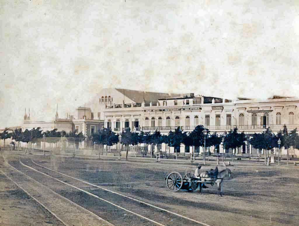prado-parque-central-parque-Isabel-II-hotel-inglaterra