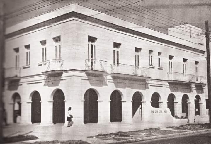 Edificio de 21 y D Vedado 1