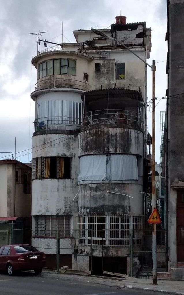 Edificio de Zapata y 16 (Govantes y Cabarrocas)